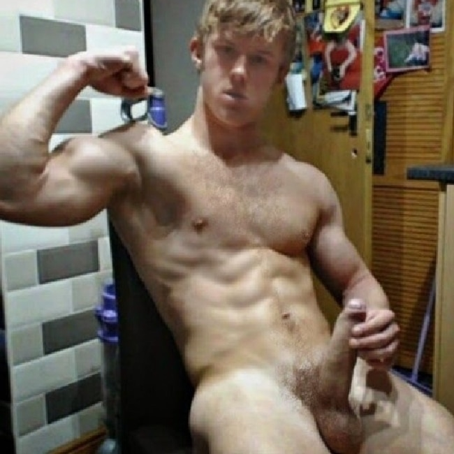 Nude Hunk Flexing