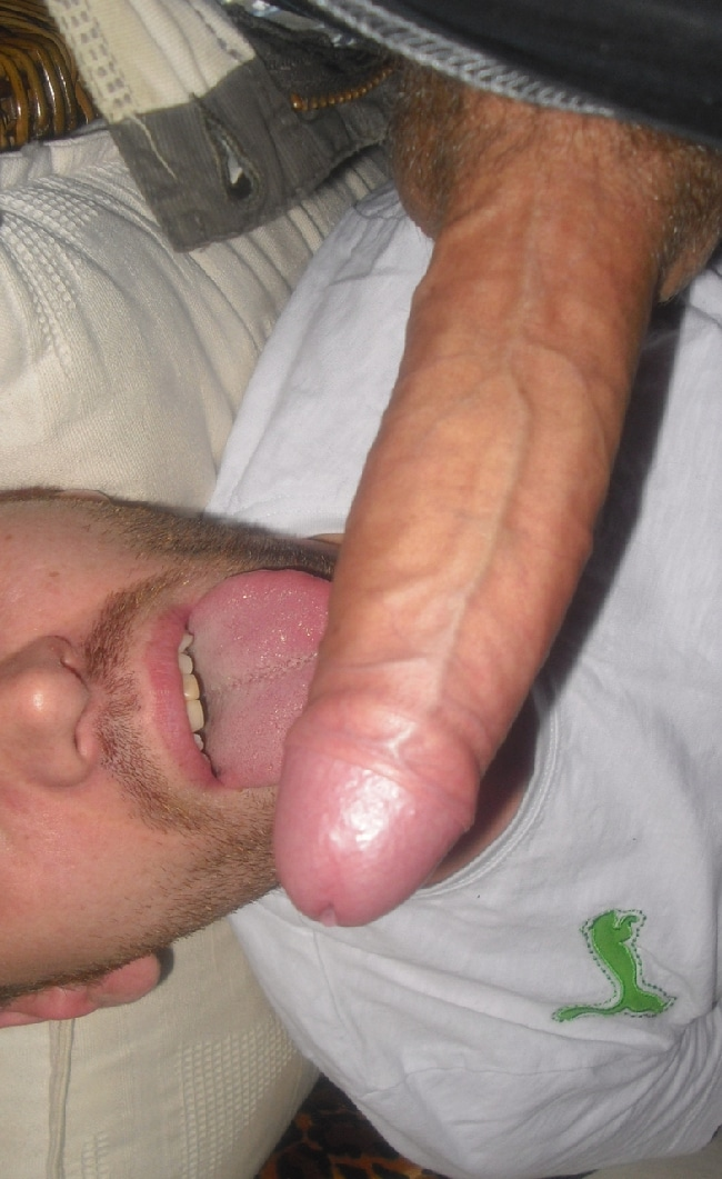 Gay Guy Licking A Big Hard Uncut Cock - Nude Grindr Boys