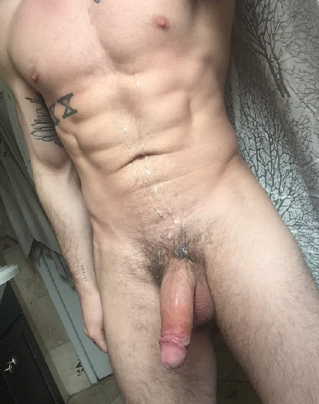 naked-guys-showing-penis